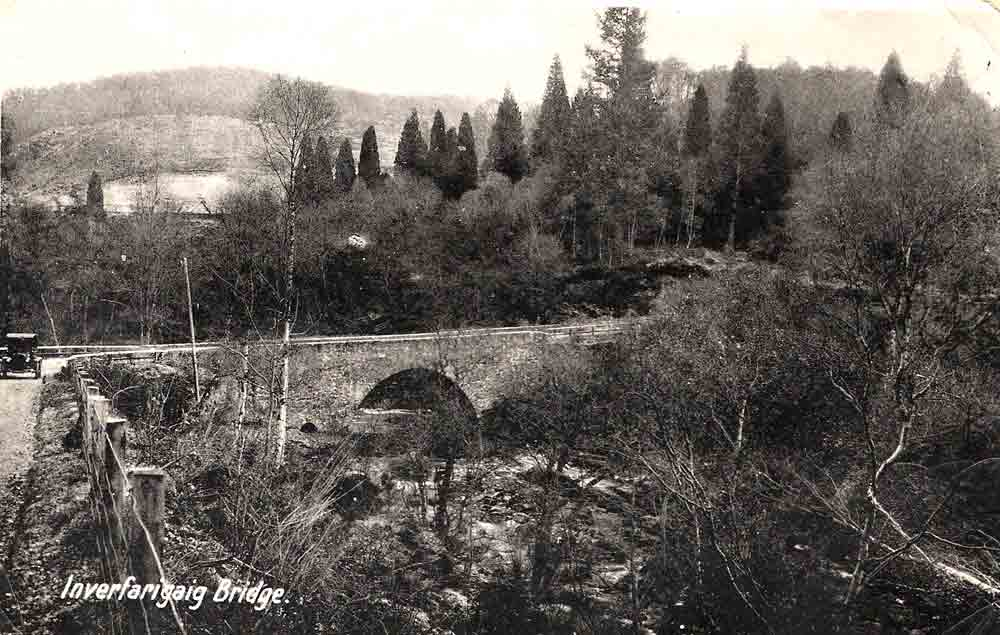 The Wade Bridge at Inverfarigaig. From the look of the car on the right hand side, this appears to be from a postcard issued in the 1920s to 1930s. The photograph was taken from the Pass at about where the Forestry Visitors Centre is now. Photograph courtesy of Roger Creegan.