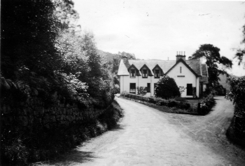 Foyers Hotel taken from the Inverness road side c1935. Photograph courtesy of Roger Creegan