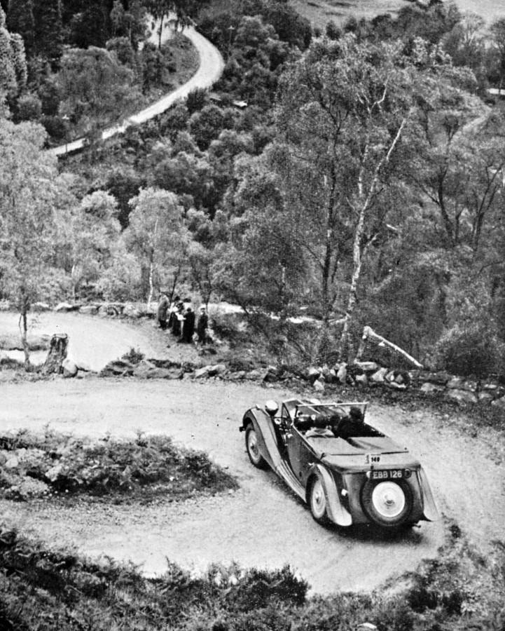 Inverfarigaig Corkscrew  Motorcar Club Trial c1925   Photograph courtesy of John Fraser