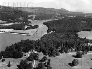 Aldourie & Bona  c 1947