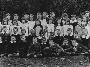 Foyers-School-1910c-