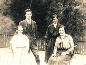 Foyers School teachers c 1916