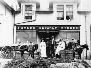 Foyers  Shop around 1910