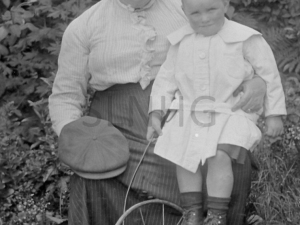 Barbara MacGillivray (Cameron) with youngest son Angus  C 1914.