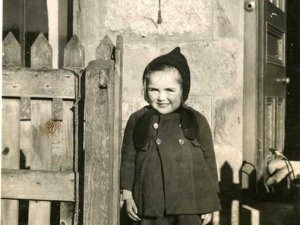 Rosemary MacGregor in 1946 aged 4 years old